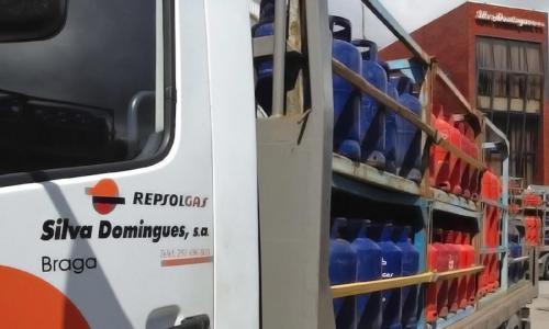 Viatura de distribuição de gás Repsol